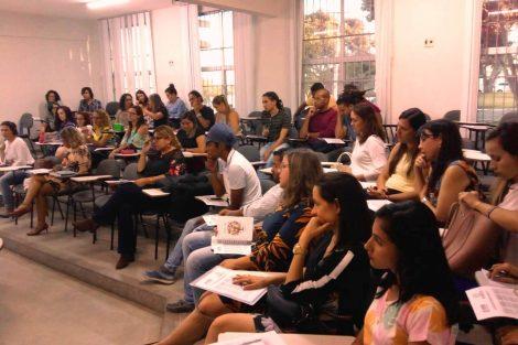 Turma de mestrandos e doutorandos ingressantes no PPGMLS em 2019
