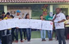 Estudantes apresentam atividades realizadas no minicurso: As mil e muitas histórias do Cordel Nordestino