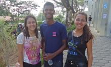 Sara de Oliveira Macedo e seus amigos
